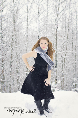winter snow session pictures glamour style